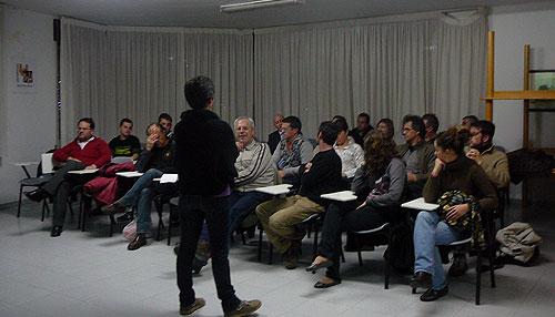 'Salvem Santa Llúcia' inicia acciones  para frenar la construcción de un edificio de siete plantas en el cerro