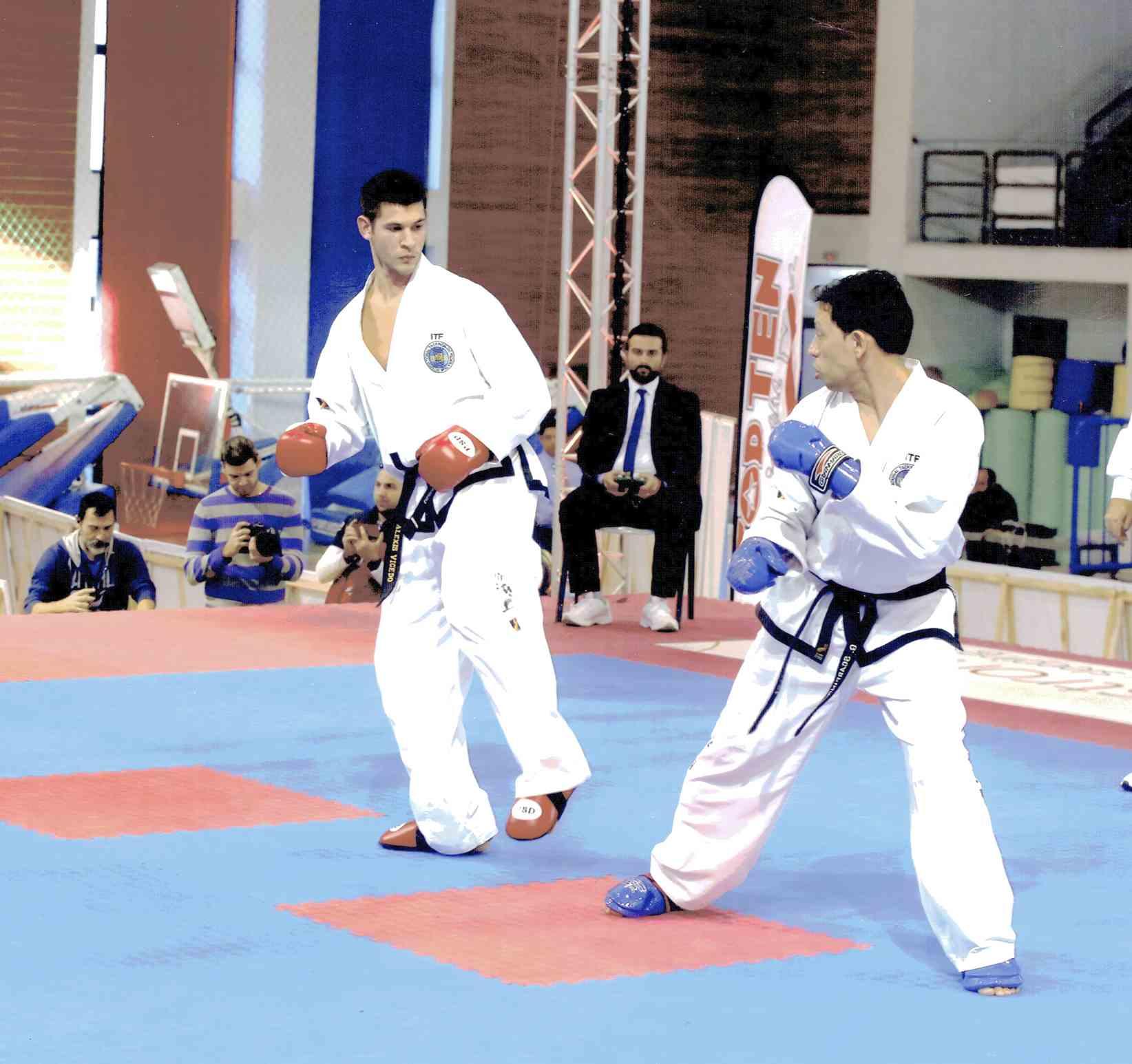 El ibense Alexis Vicedo, medalla de oro en el Campeonato Europeo de Taekwondo ITF