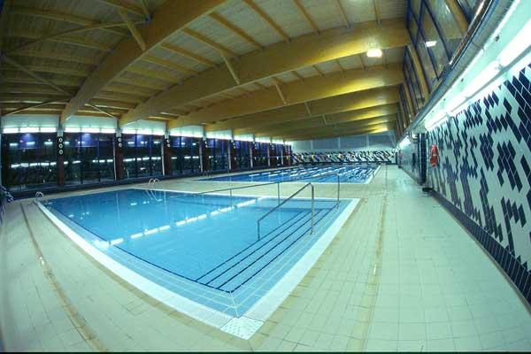 Actuaciones de ahorro energético en la piscina y en el alumbrado de la avenida de la Paz de Ibi