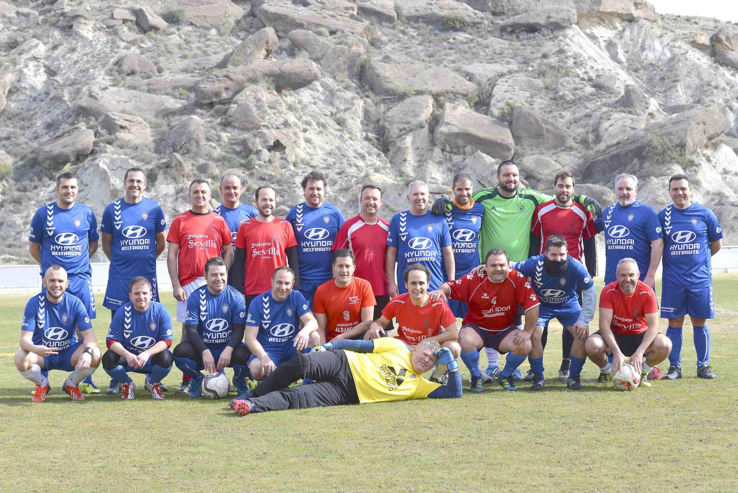 Jornada de convivencia entre los equipos de Fútbol Veteranos de Ibi y Partaloa (Almería)