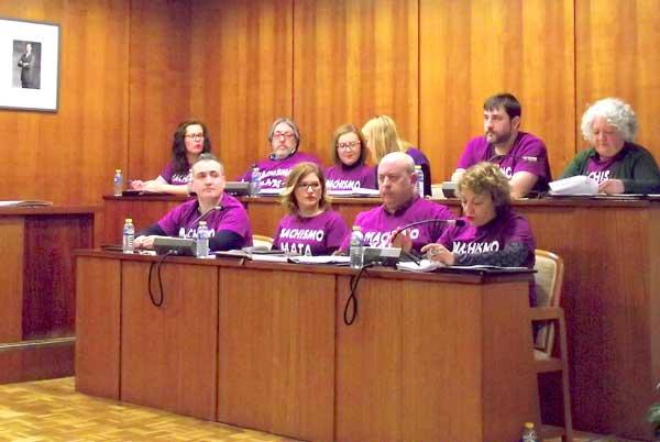 La oposición de Ibi impone su mayoría para que se estudie la municipalización de la limpieza de edificios públicos