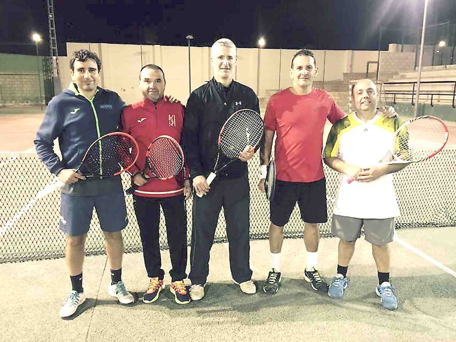 El equipo de Veteranos +40 del Club de Tenis Teixereta de Ibi asciende a la Primera División Autonómica