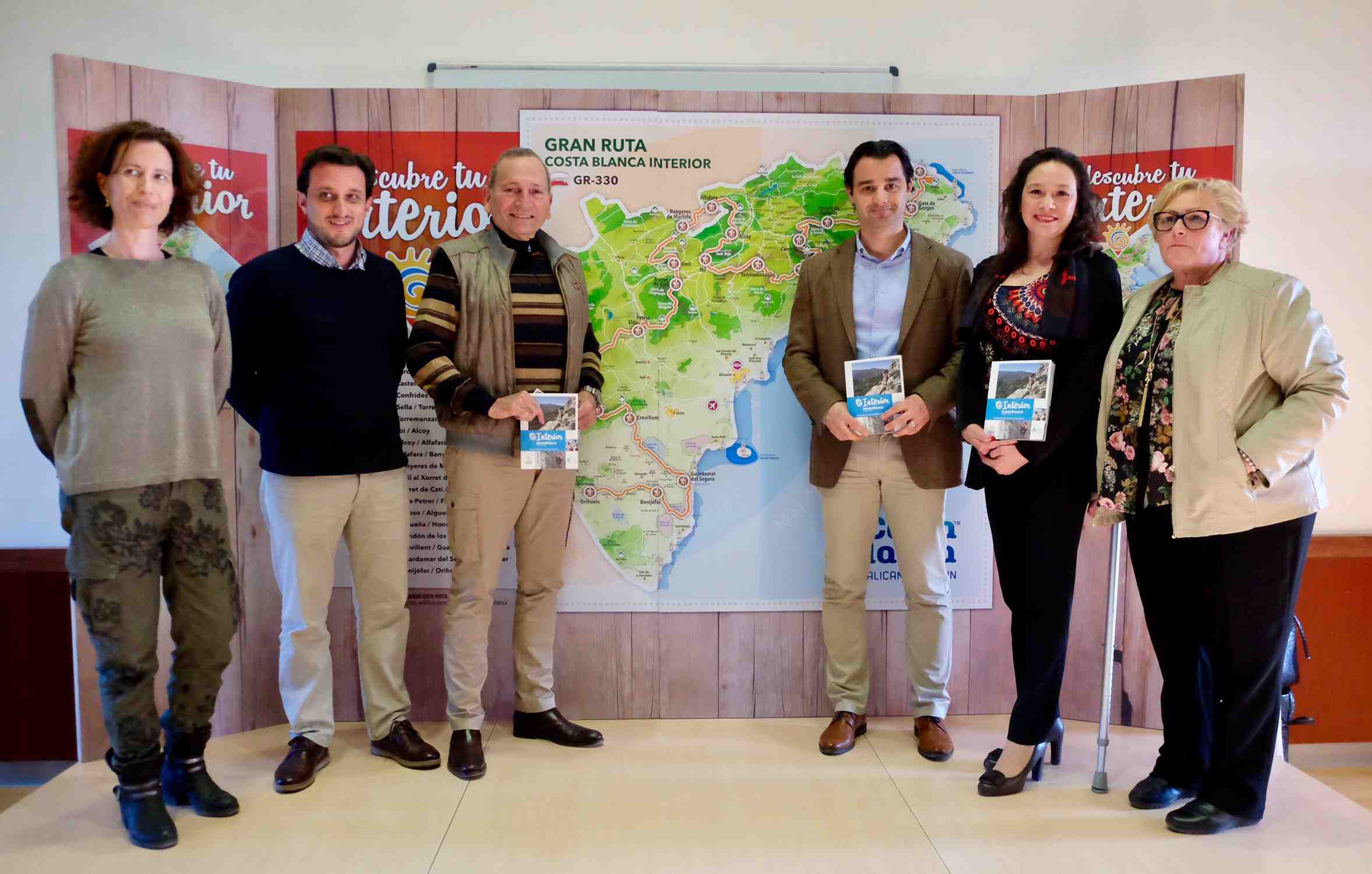 Una ruta senderista conecta las comarcas de la provincia de Alicante a lo largo de 435 kilómetros