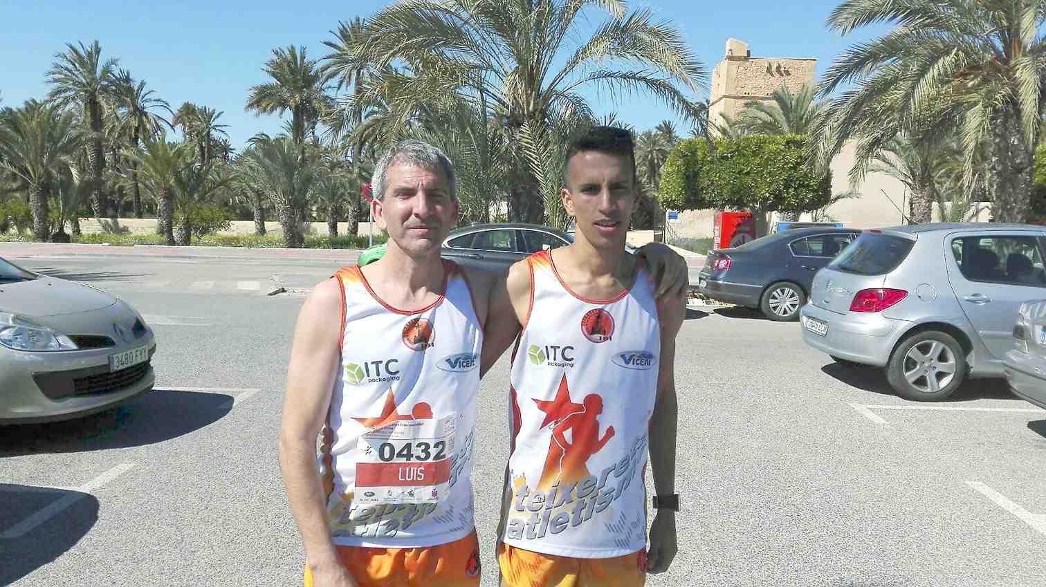 Dos corredores del Club Teixereta de Atletismo, entre los veinte primeros del XLV Medio Maratón disputado en Elche
