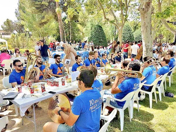 La Comisión de Fiestas anuncia un incremento de festeros en Ibi en 2017