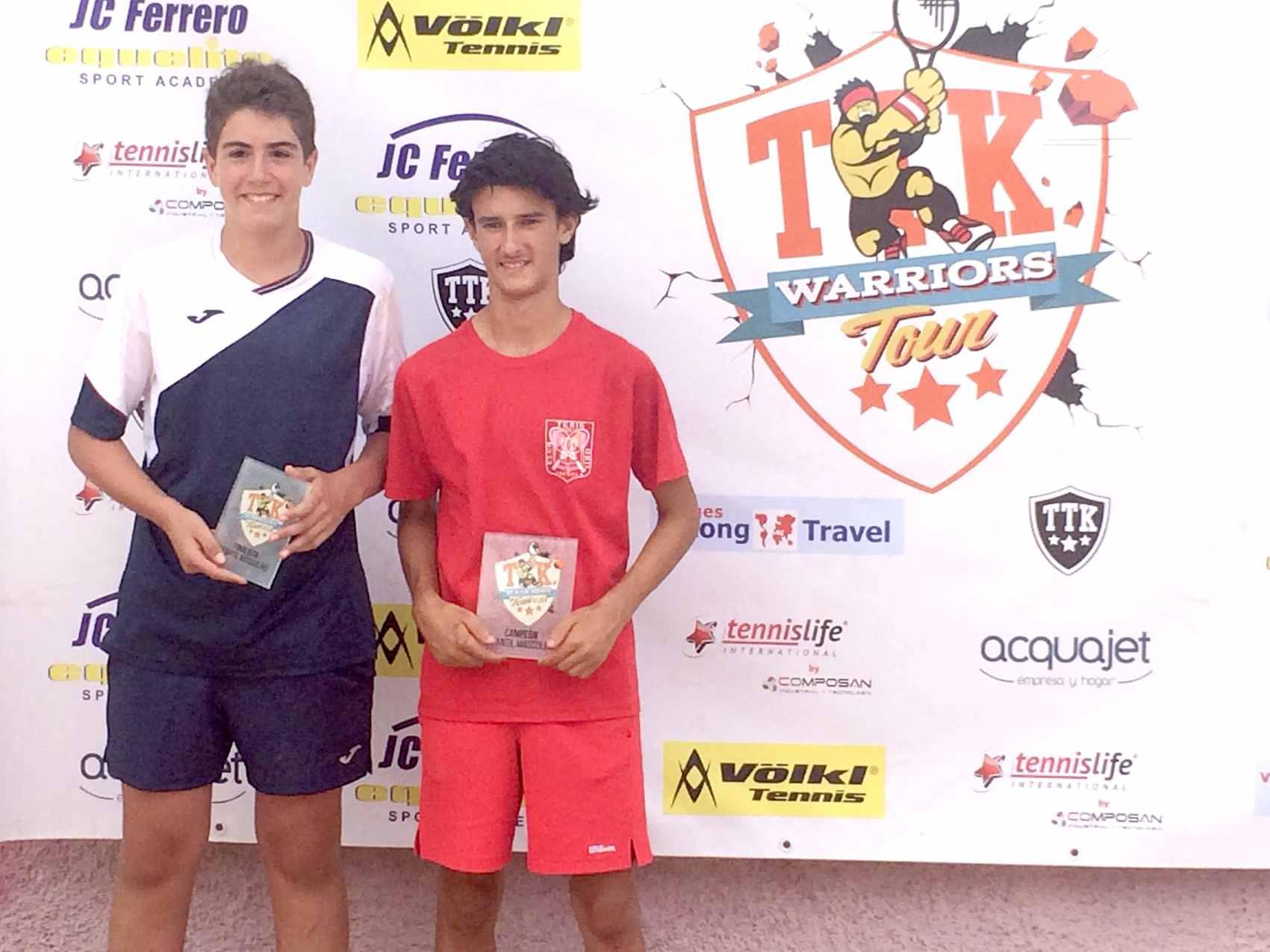 Una nueva victoria del ibense David Llorens lo clasifica para el Máster de Tenis TTK de Villena