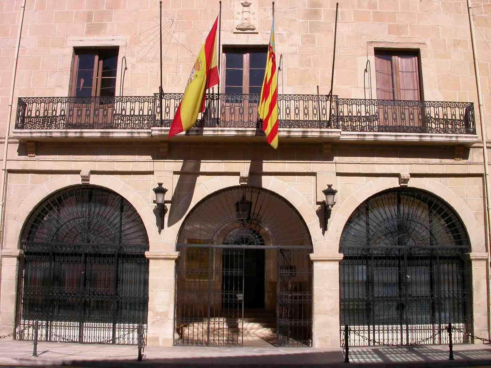 El Ayuntamiento de Castalla modifica la ordenanza relativa a tasas administrativas