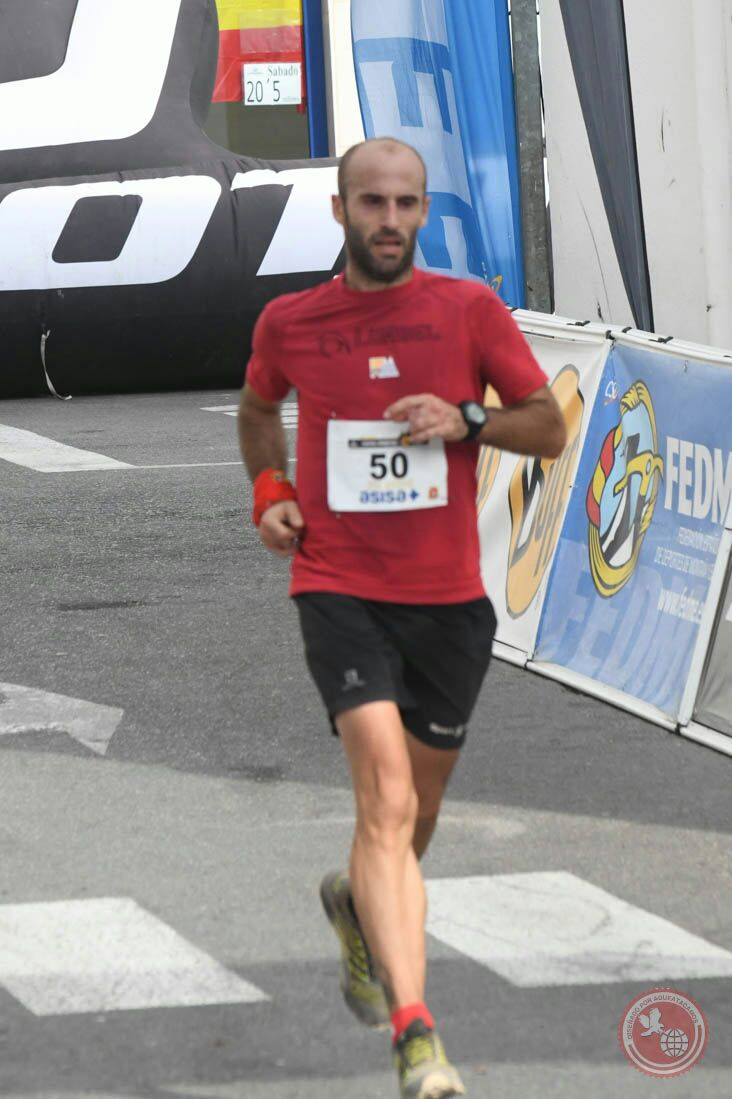 El atleta de Castalla José Antonio Luna, primero de la Selección Valenciana en la Carrera por la Sierra de Gádor (Almería)