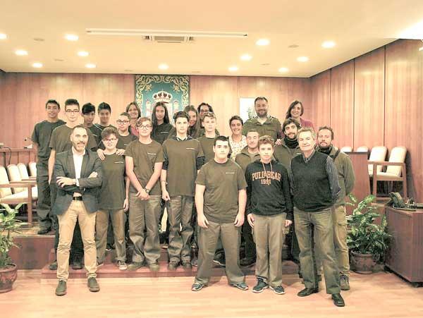 El Ayuntamiento renueva el convenio de prácticas con el IES  Barrachina