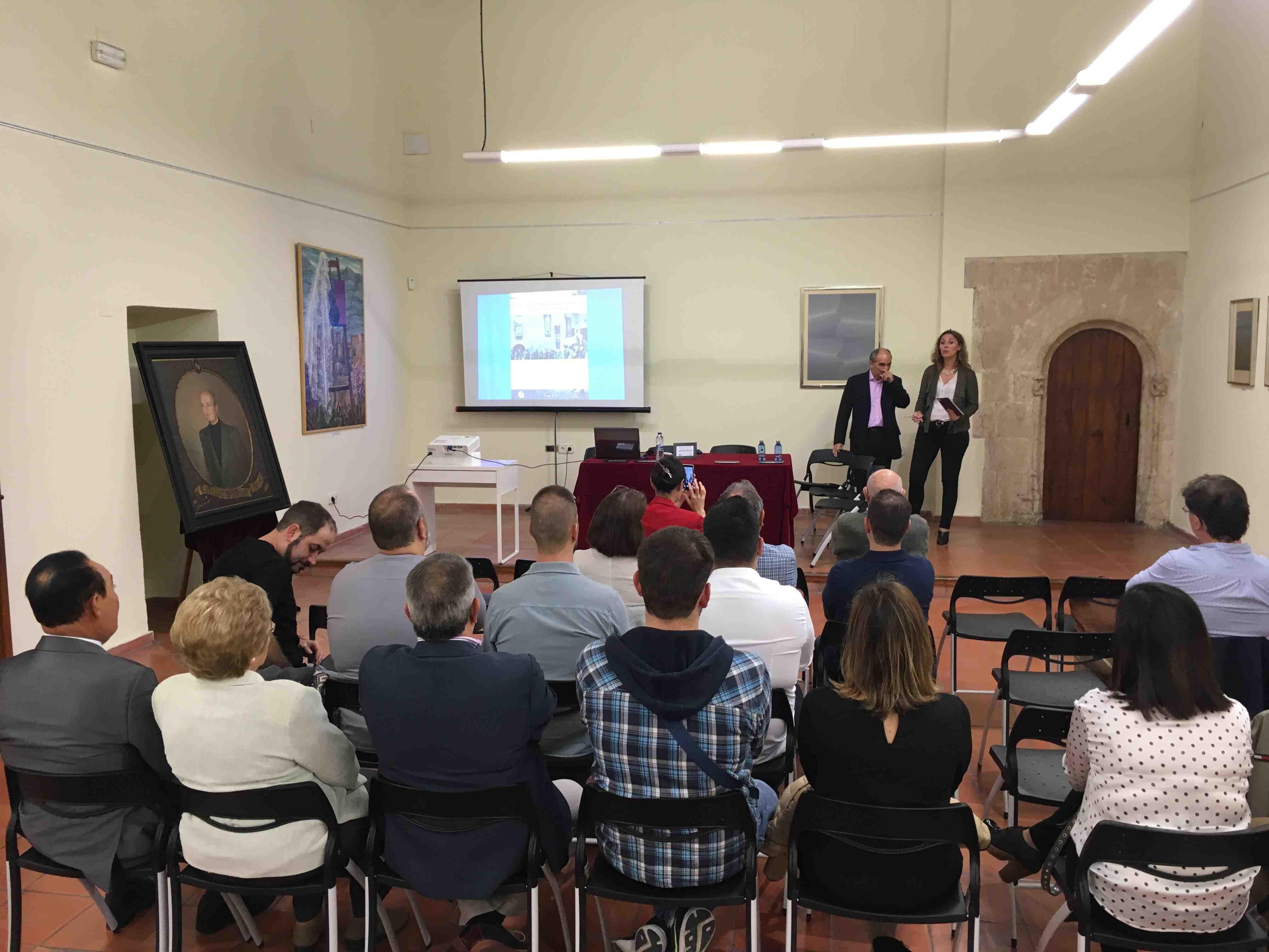 El Museu de la Festa de Onil sigue trabajando por la mejora y el mayor reconocimiento de las embajadas