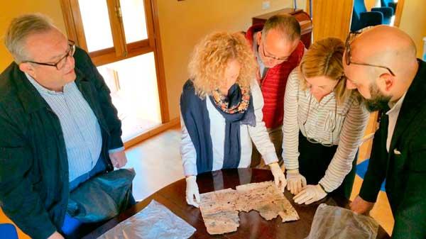 Hallados objetos y documentos históricos en la restauración de la Torreta medieval