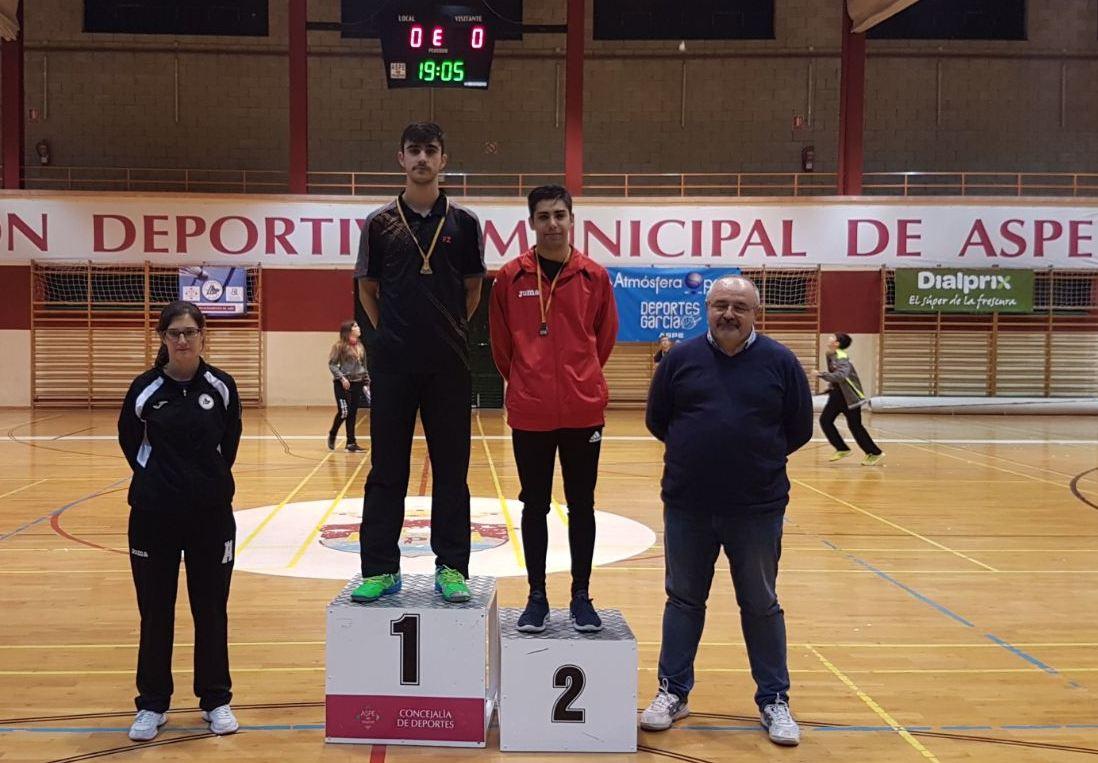 Fran Olivares, del Club Bádminton Ibi, gana el primer Campeonato Territorial de la temporada
