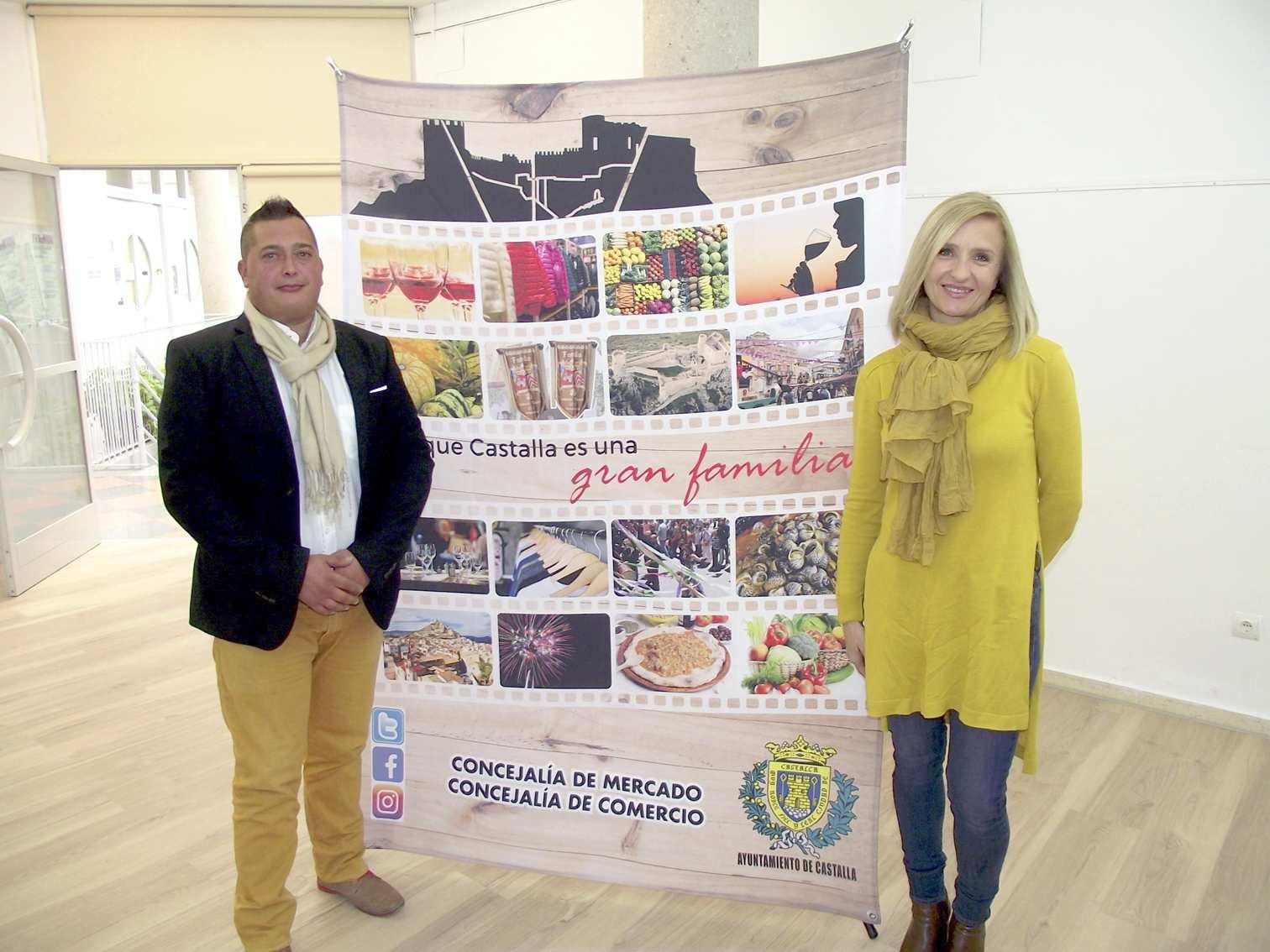 La Fira de Nadal de Castalla repite en la plaza Mayor con la participación de 18 expositores