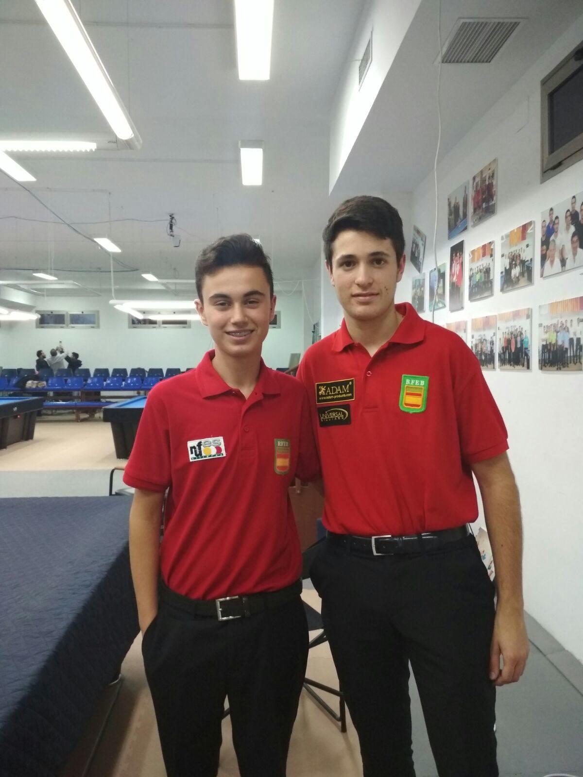 El ibense Iván Mayor y el colivenc Luis Mira, plata y bronce, respectivamente, en el Campeonato de España de Billar Sub-17