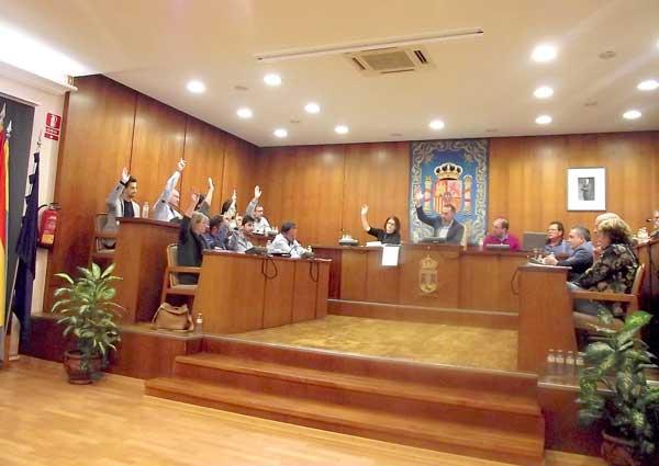 El govern d'Ibi aprova uns pressupostos de 18 milions d'euros amb l'únic suport de Cs