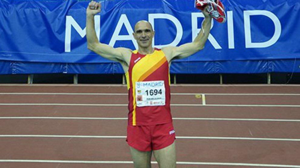 El atleta colivenc José Antonio Ureña bate el récord del mundo de pentatlón en la categoría de mayores de 50 años