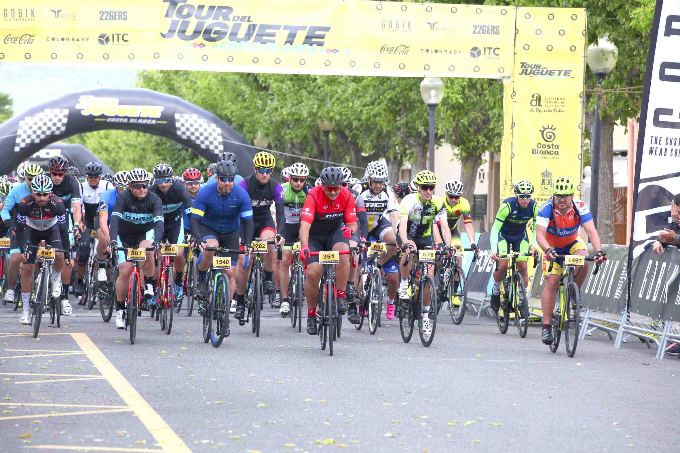 El VIII Tour del Juguete Costa Blanca consolida su cartel de referencia en el calendario nacional de cicloturismo