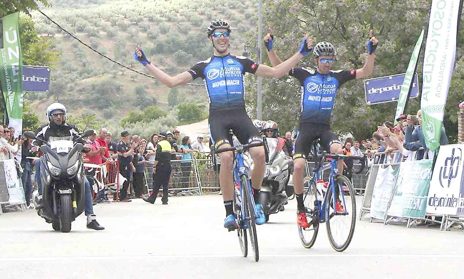 El ciclista castallense Raúl Rico gana el Campeonato de Andalucía