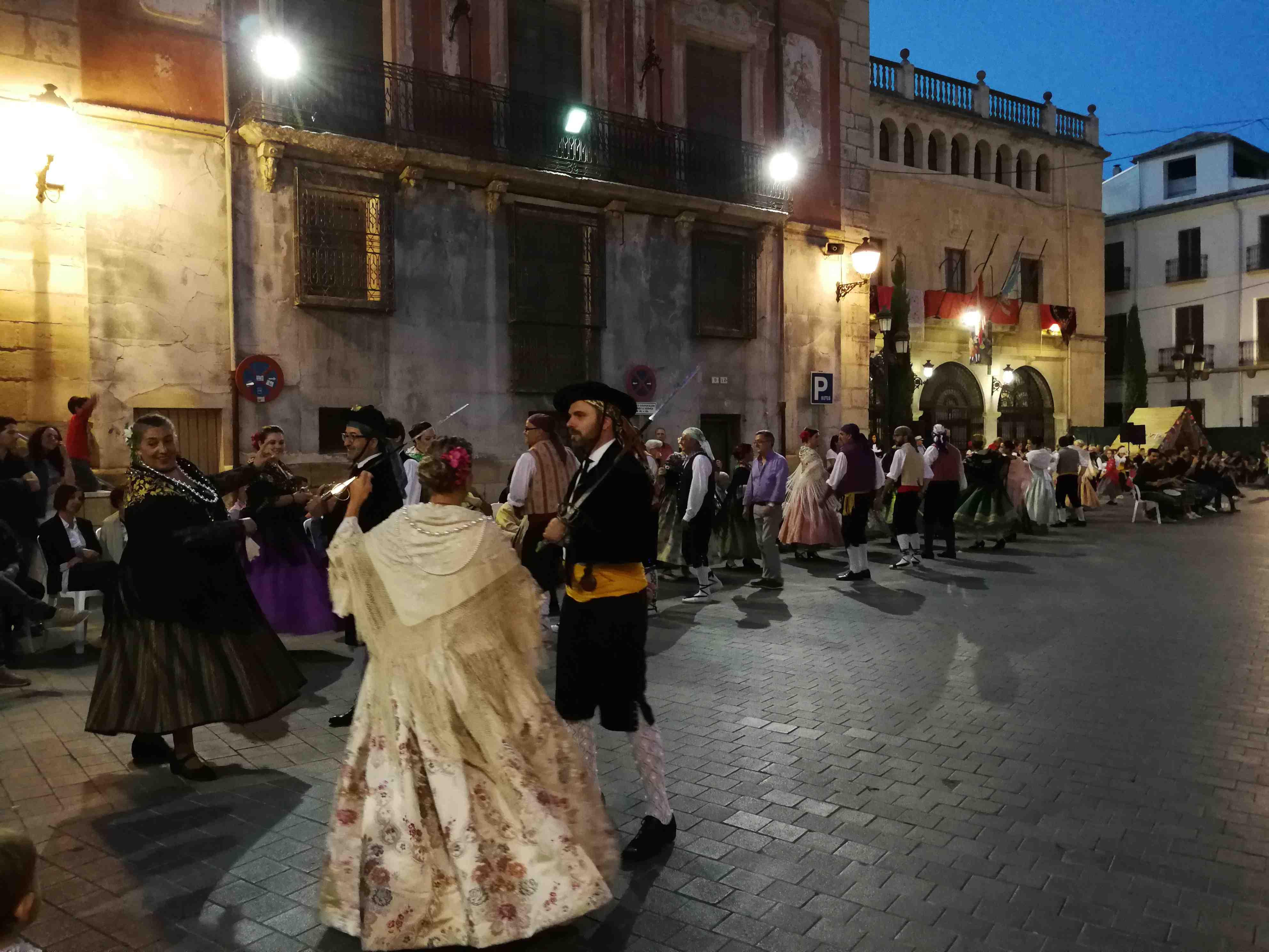 Castalla, Onil i Tibi reben ajudes per promocionar la llengua i cultura valencianes
