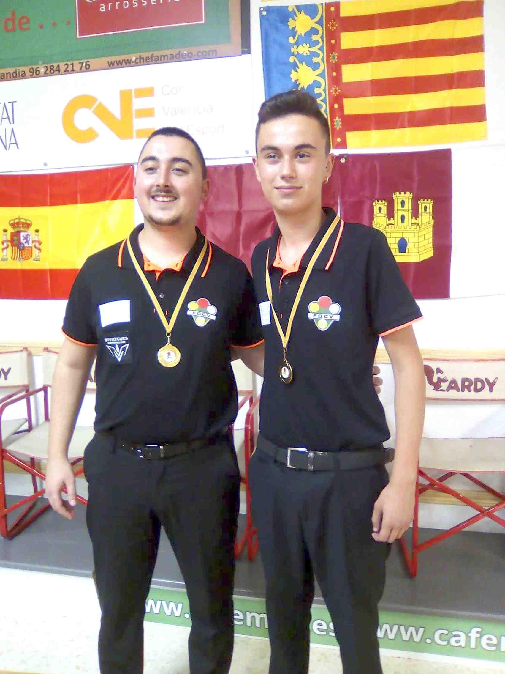 Els joves billaristes Jesús Rico (Castalla) i Luis Mira (Onil) copen els podis en els campionats autonòmics i nacionals