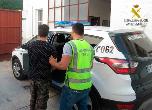 Detingut a Benidorm l'home que va raptar una dona a Ibi i la va alliberar a Terol