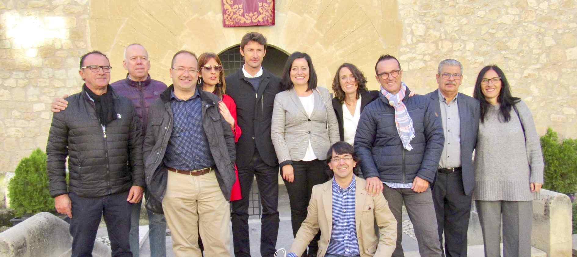 El tenista Juan Carlos Ferrero recolza una campanya solidària en Onil