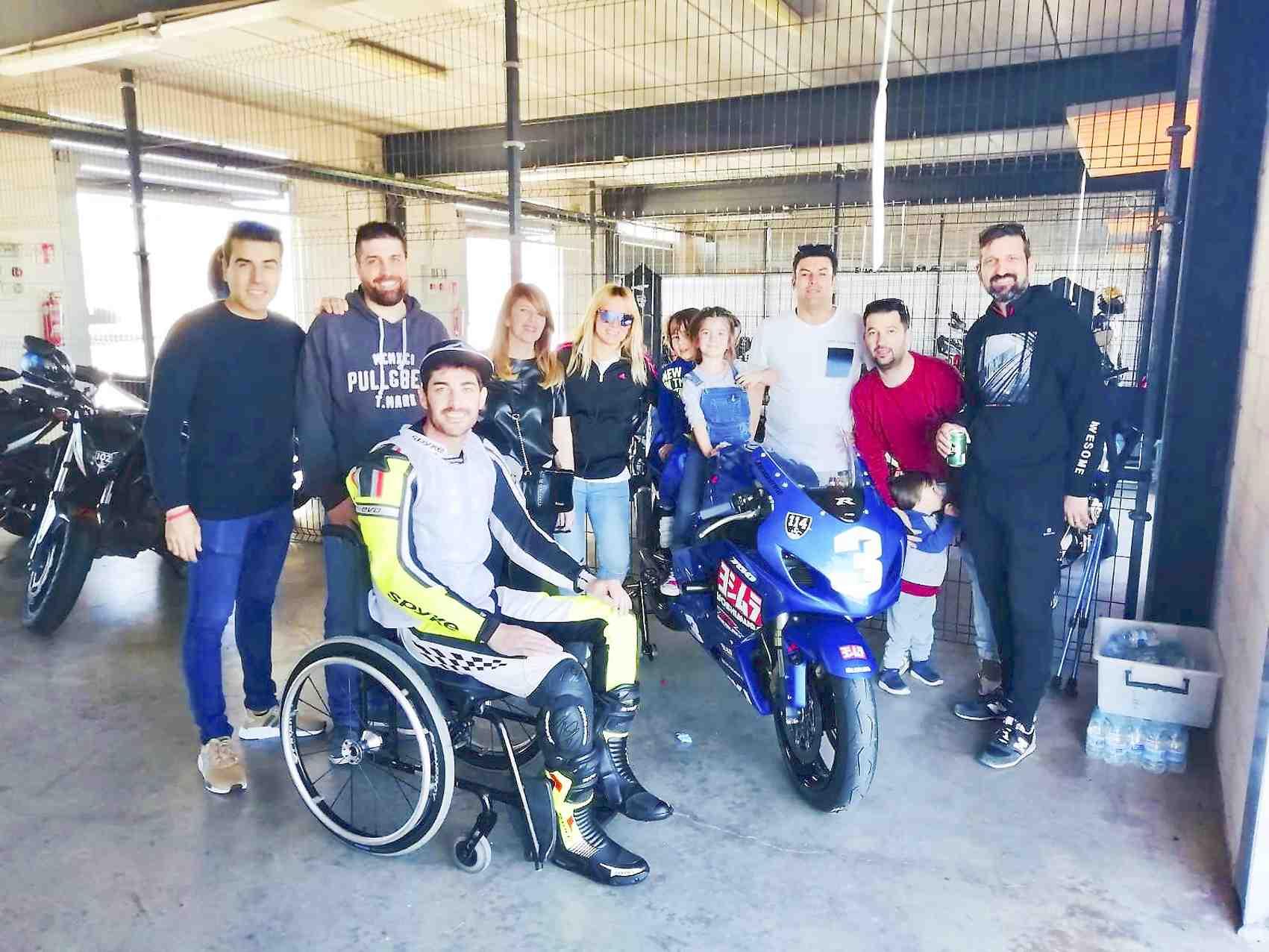 L'iberut Rubén Barea compleix el seu somni de córrer en un circuit amb una moto adaptada