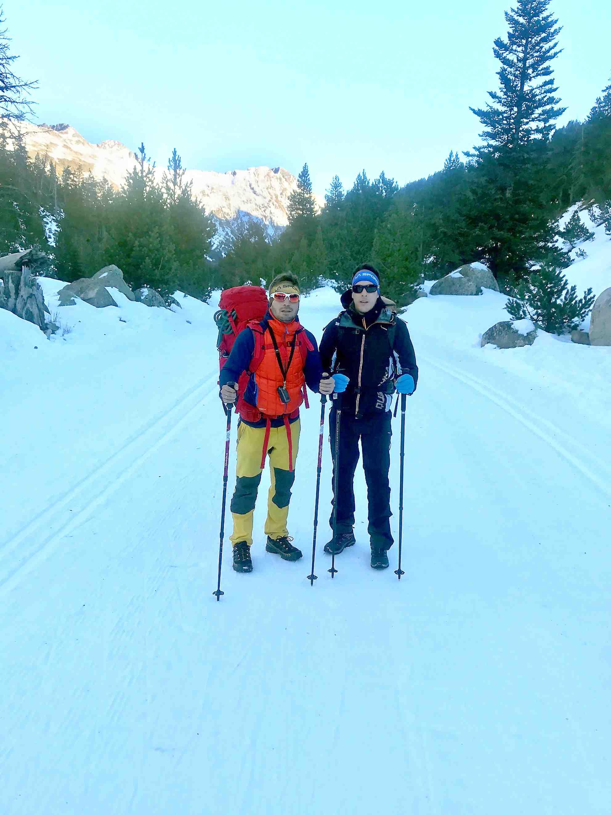 Carlos Martínez y Jonathan Cremades coronan la cumbre del pico Aneto