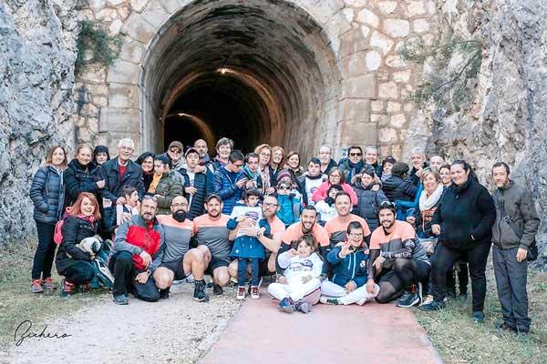 Sis corredors inicien un repte per recaptar fons per a l'associació comarcal Somriures