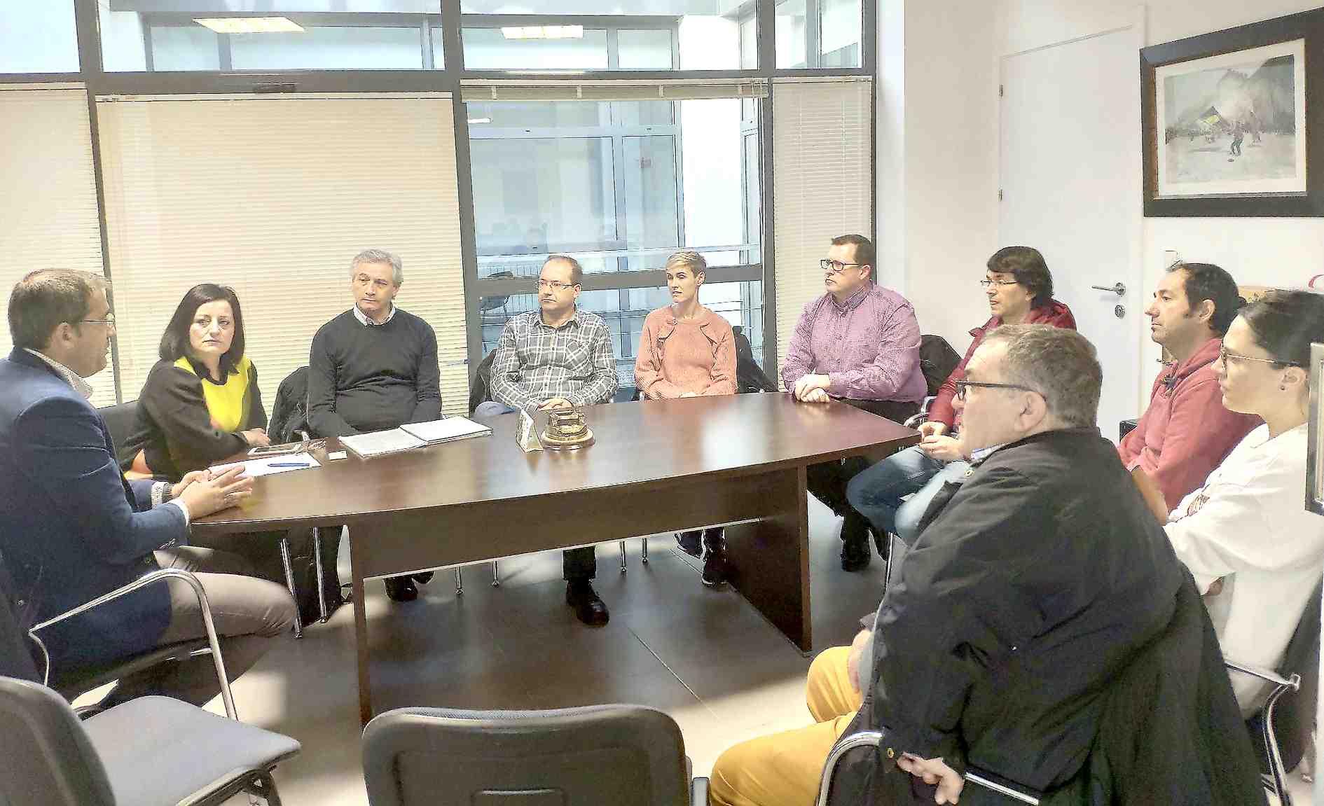 IBIAE y el Ayuntamiento de Onil plantean la necesidad de un curso formativo específico enfocado al sector de la muñeca