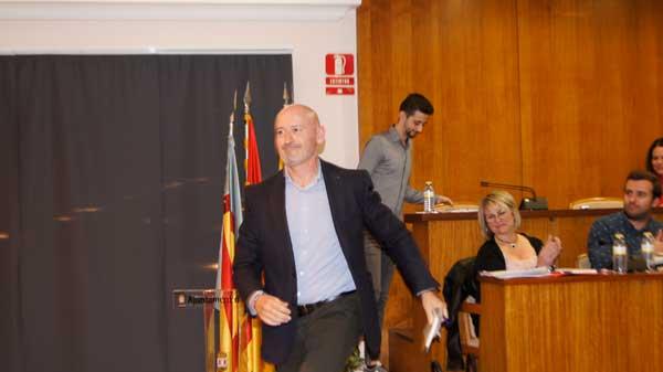 Nicolás Martínez deixa la seua acta de regidor de ADIi per encapçalar la llista de Cs a les Municipals