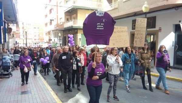 Gran participación en las manifestaciones con motivo del Día de la Mujer
