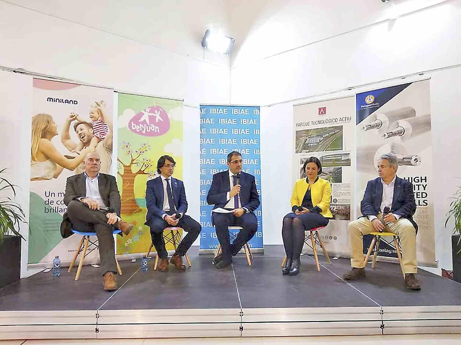 Onil celebra el primer Fòrum Empresarial amb la presència de més de 80 industrials