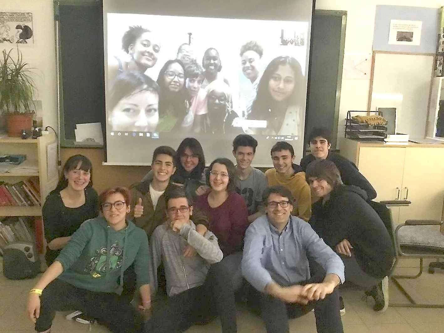 L'IES Enric Valor de Castalla participa en un club de lectura internacional