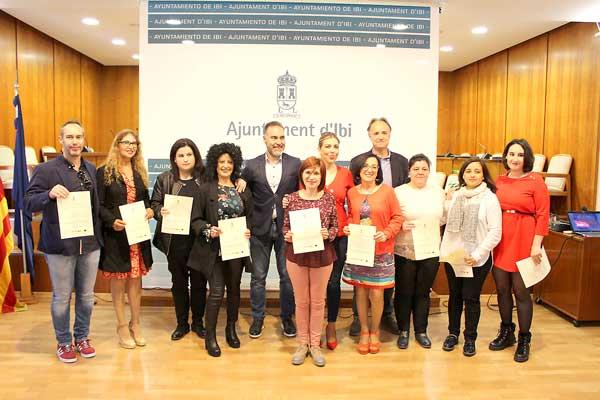 L'Ajuntament entrega els diplomes de l'escola-taller Et Formem
