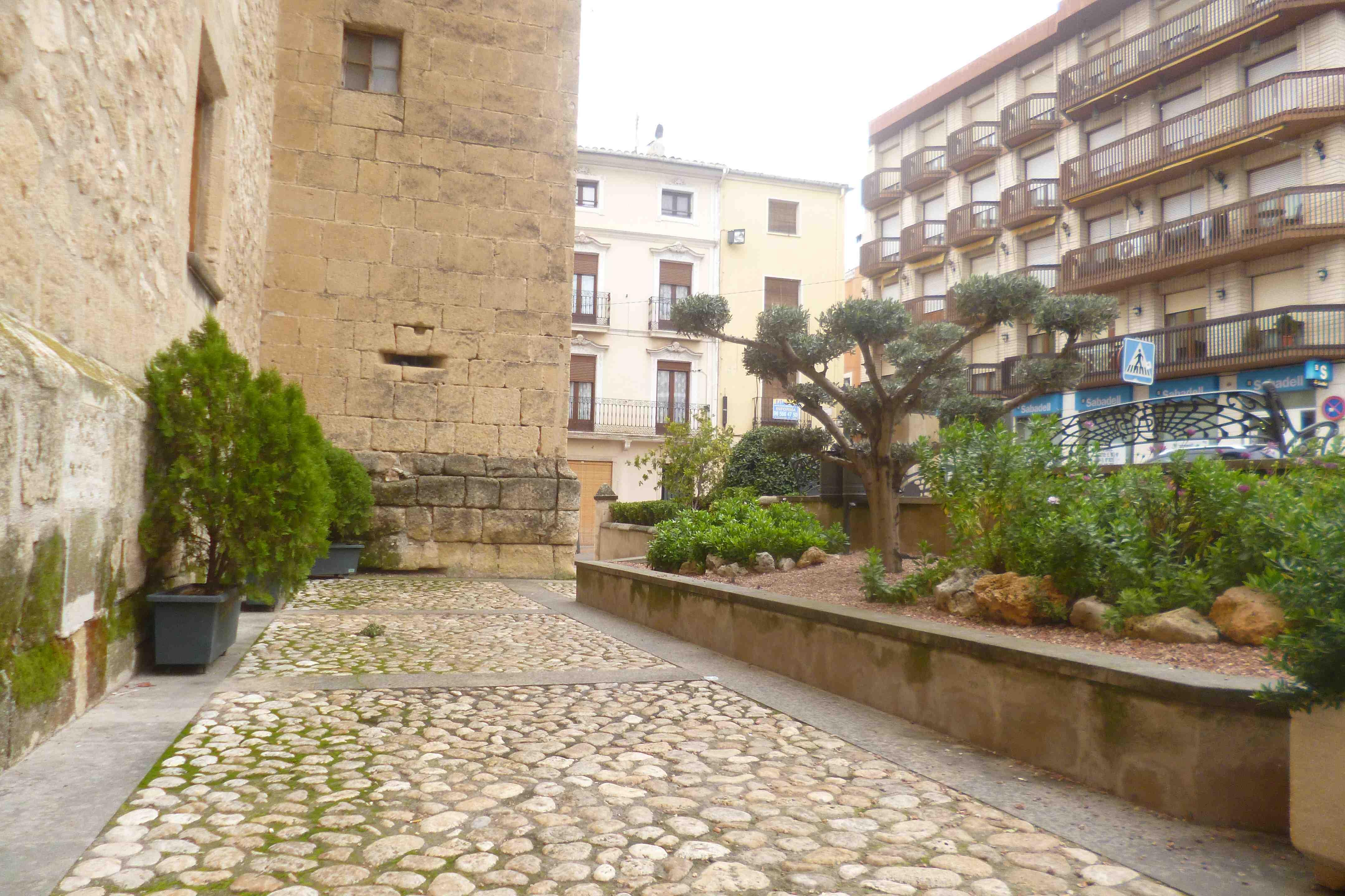 Onil i Tibi es beneficien d'ajudes de la Generalitat per eliminar barreres arquitectòniques en edificis públics