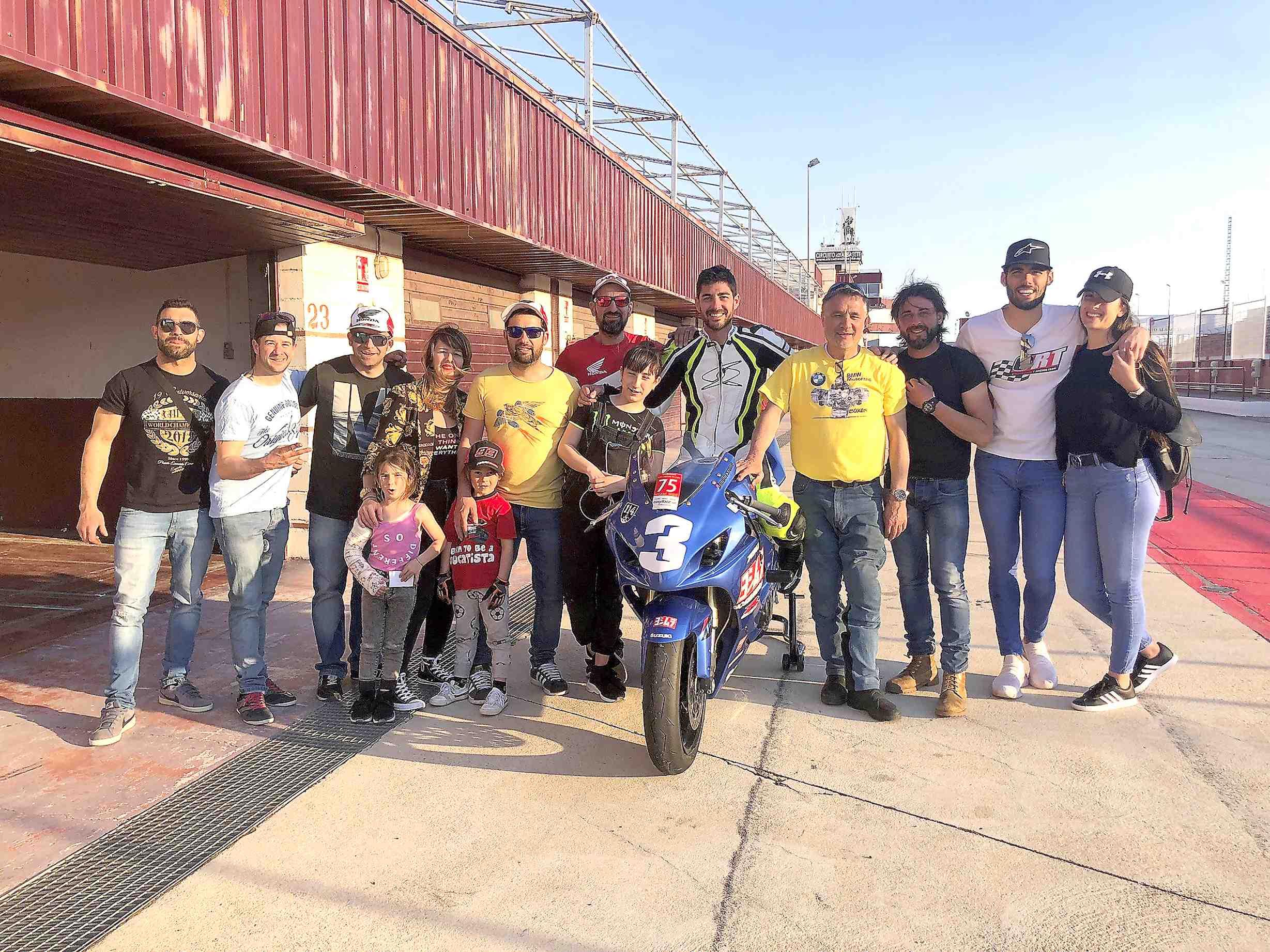 L'iberut Rubén Barea promou i participa a la primera cursa de motos de la història d'Espanya per a pilots amb discapacitat física