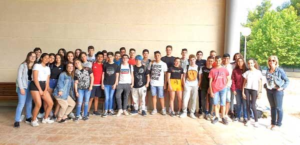 Alumnos del IES Nou Derramador participan en un programa Etwinning de intercambio cultural con otro centro de Varsovia