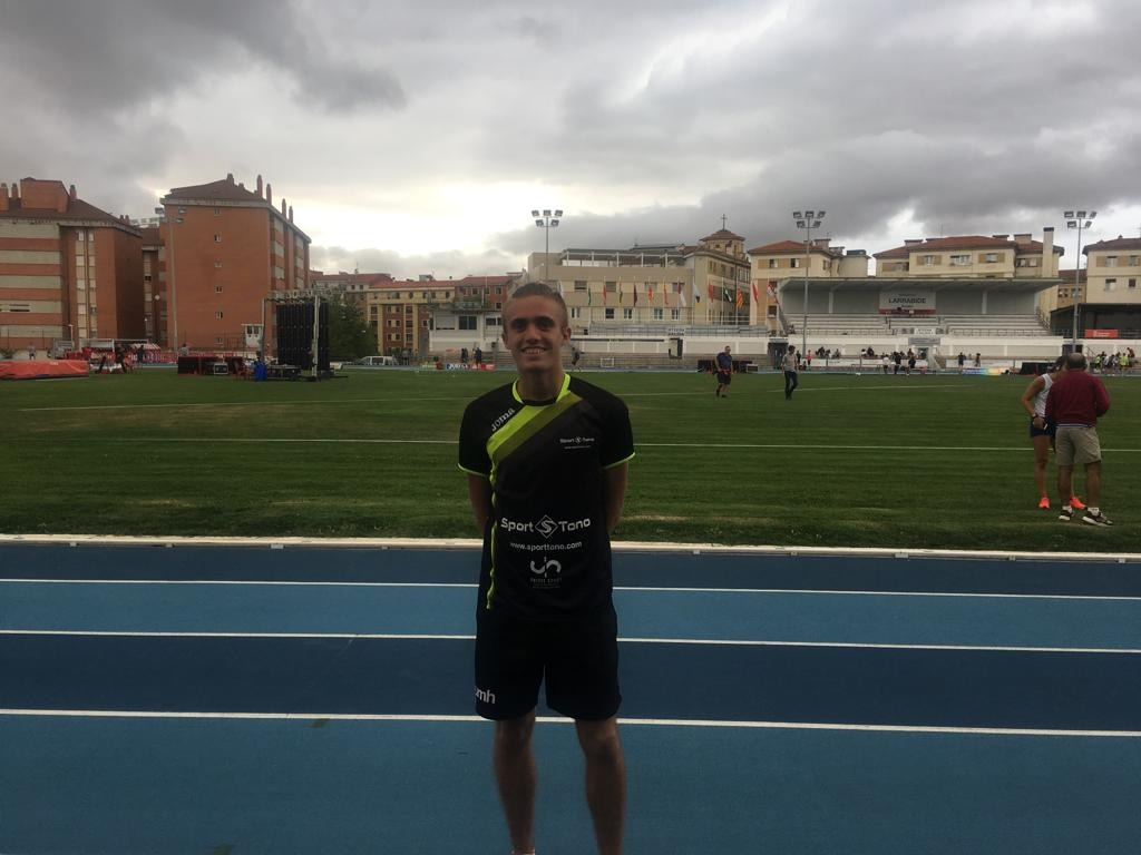 L'iberut Javier Mirón es col·loca entre els dotze millors atletes absoluts d'Espanya en 800 metres llisos