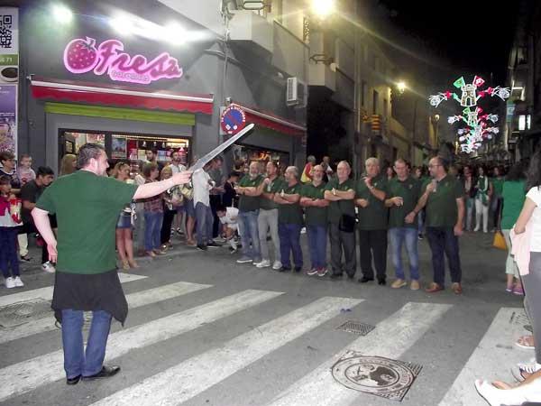 Comienzan los desfiles de 'els entraetes' en Ibi