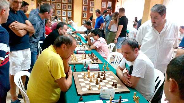 El Gran Maestro argentino Alfredo Giaccio se adjudica su tercer Open Villa de Ibi de ajedrez