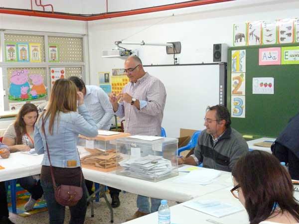 Castalla redueix de cinc a dos els col·legis electorals per el 10-N