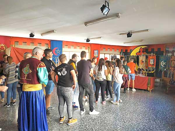 Los festeros de Onil votan sí al cambio de fechas de las fiestas de Moros y Cristianos