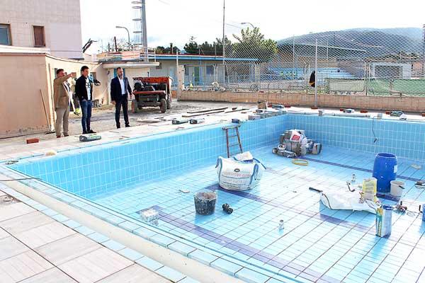 Las obras de la piscina del estadio Climent de Ibi finalizarán en diciembre