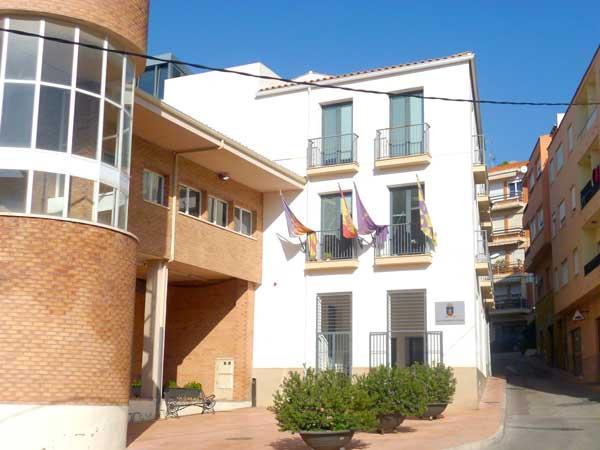 L'Ajuntament d'Onil indemnitza a cinc exregidors del PP amb més de 14.800 euros