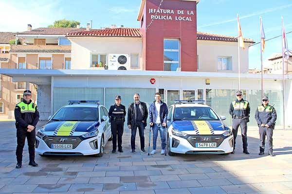 La Policía de Ibi renueva la flota con dos coches híbridos