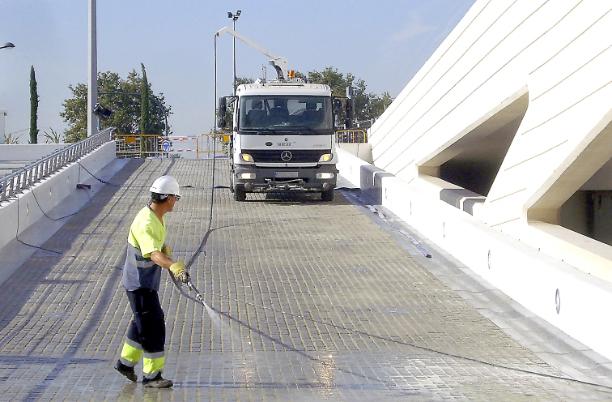 La empresa Vareser logra la contrata de la limpieza de edificios públicos
