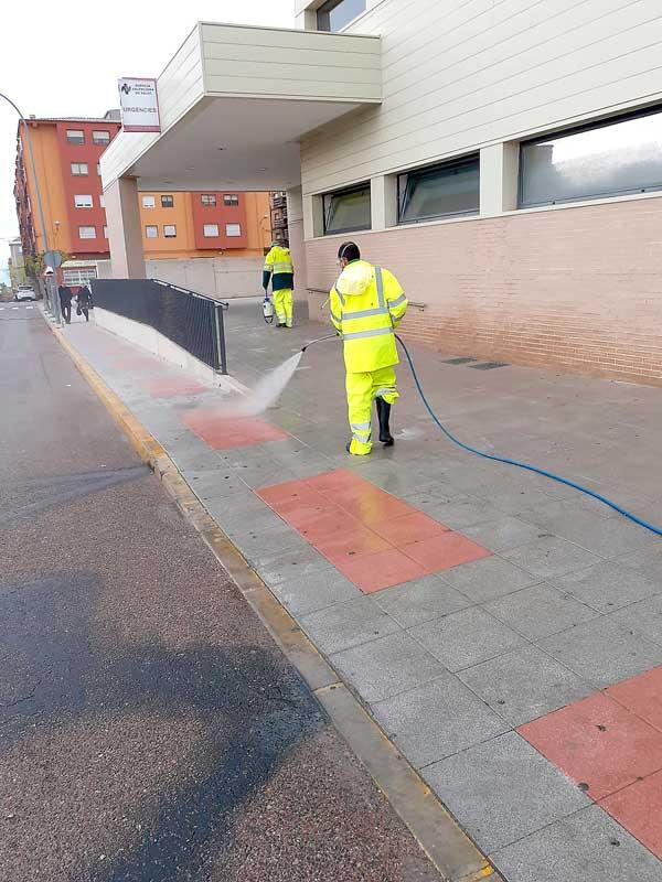 Ibi realitza neteges pels carrers per prevenir contagis