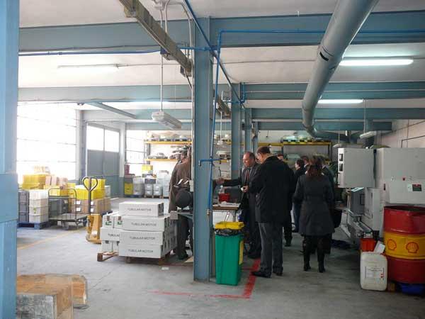 Empreses d'Ibi ofereixen al Govern les seues instal·lacions per fabricar respiradors i material sanitari