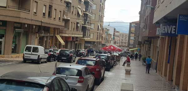 Castalla repartirá 60.000 euros en tarjetas regalo a los vecinos para que las usen en los comercios